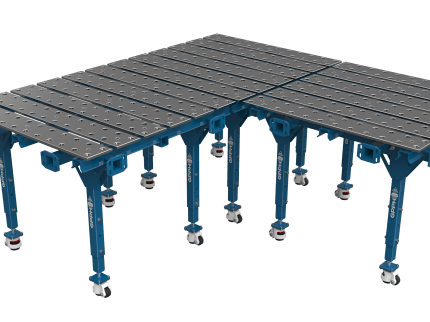 The possibility of extending the working surface of the tables in all directions.
